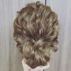 大人かわいい セミロング 簡単ヘアアレンジ ヘアアレンジ ヘアスタイルや髪型の写真・画像