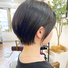 マッシュショート 切りっぱなしボブ ショート ミニボブ ヘアスタイルや髪型の写真・画像