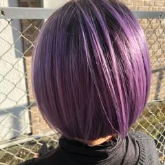 ピンク ショートヘア ショートボブ 切りっぱなしボブ ヘアスタイルや髪型の写真・画像