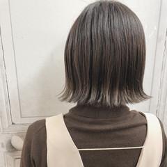 グレージュ ボブ デート イルミナカラー ヘアスタイルや髪型の写真・画像