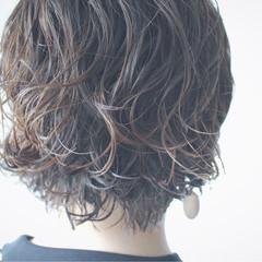 ボブ 簡単 パーマ ナチュラル ヘアスタイルや髪型の写真・画像