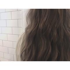 アッシュグレージュ セミロング モード 外国人風カラー ヘアスタイルや髪型の写真・画像
