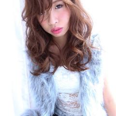 くせ毛風 大人女子 外国人風 かっこいい ヘアスタイルや髪型の写真・画像