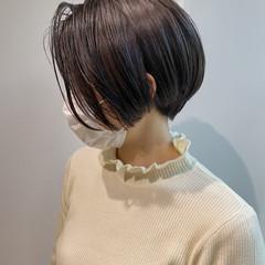 ラベンダーアッシュ ハンサムショート ナチュラル ショートヘア ヘアスタイルや髪型の写真・画像