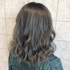 アッシュグレージュ コンサバ アッシュグレー ダークグレー ヘアスタイルや髪型の写真・画像