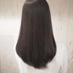 ベージュ 暗髪 セミロング 透明感 ヘアスタイルや髪型の写真・画像