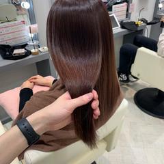 銀座美容室 ロング ピンクベージュ イルミナカラー ヘアスタイルや髪型の写真・画像