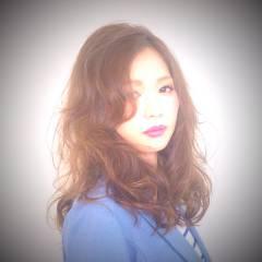 外国人風 ロング ナチュラル アッシュ ヘアスタイルや髪型の写真・画像