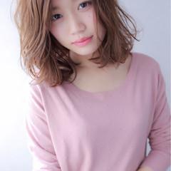 小顔 フェミニン ミディアム 大人女子 ヘアスタイルや髪型の写真・画像