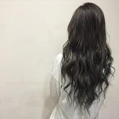 暗髪 ブルージュ 艶髪 ロング ヘアスタイルや髪型の写真・画像