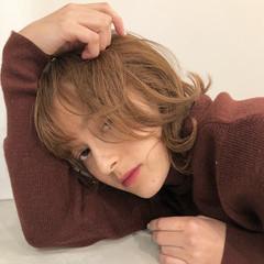アッシュベージュ ベージュ ナチュラル ヌーディベージュ ヘアスタイルや髪型の写真・画像