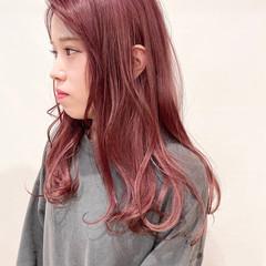ピンク ピンクラベンダー ベリーピンク ロング ヘアスタイルや髪型の写真・画像