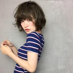 ガーリー リラックス ショート ヘアアレンジ ヘアスタイルや髪型の写真・画像
