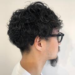 メンズ ストリート スパイラルパーマ 無造作ヘア ヘアスタイルや髪型の写真・画像