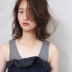 ゆるふわ 大人かわいい ミディアム パーマ ヘアスタイルや髪型の写真・画像