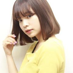 簡単ヘアアレンジ ロブ ヘアアレンジ ミディアム ヘアスタイルや髪型の写真・画像