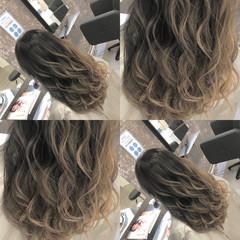 セミロング 外国人風 アッシュベージュ ナチュラルベージュ ヘアスタイルや髪型の写真・画像