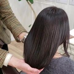 トリートメント セミロング ナチュラル 髪の病院 ヘアスタイルや髪型の写真・画像