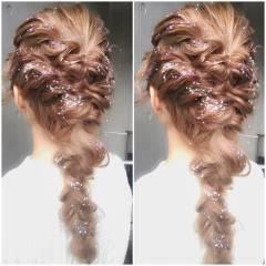 ガーリー ゆるふわ パーティ フェミニン ヘアスタイルや髪型の写真・画像