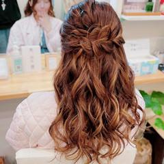 簡単ヘアアレンジ ミディアム ガーリー 編み込みヘア ヘアスタイルや髪型の写真・画像