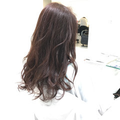 愛され 大人女子 ロング グレージュ ヘアスタイルや髪型の写真・画像