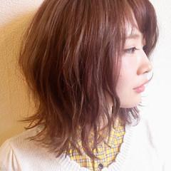 外ハネ 渋谷系 ストリート ボブ ヘアスタイルや髪型の写真・画像