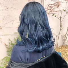セミロング ストリート ネイビー ネイビーアッシュ ヘアスタイルや髪型の写真・画像