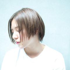 エフォートレス ショート ナチュラル 前髪あり ヘアスタイルや髪型の写真・画像