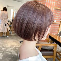 大人可愛い デート ショート ナチュラル ヘアスタイルや髪型の写真・画像