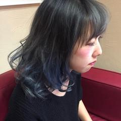 暗髪 ミディアム モード アッシュ ヘアスタイルや髪型の写真・画像