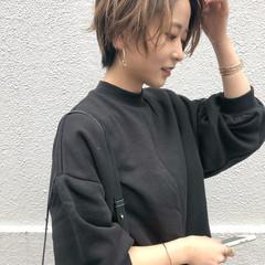 ハンサムショート ハンサムバング エレガント ショートヘア ヘアスタイルや髪型の写真・画像