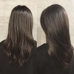 ナチュラル ストレート ロング トリートメント ヘアスタイルや髪型の写真・画像