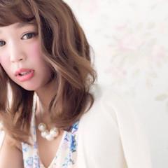 セミロング 大人かわいい 前髪あり フェミニン ヘアスタイルや髪型の写真・画像