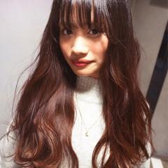 外国人風 ヌーディベージュ ロング ピンク ヘアスタイルや髪型の写真・画像