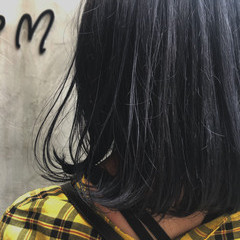 透け感アッシュ ミディアム 暗髪 モード ヘアスタイルや髪型の写真・画像