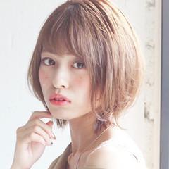 ヘアアレンジ ナチュラル 小顔ショート 大人かわいい ヘアスタイルや髪型の写真・画像