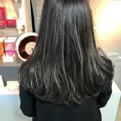 アッシュ エレガント セミロング 上品 ヘアスタイルや髪型の写真・画像
