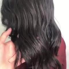 ナチュラル セミロング シルバーグレー 暗髪女子 ヘアスタイルや髪型の写真・画像
