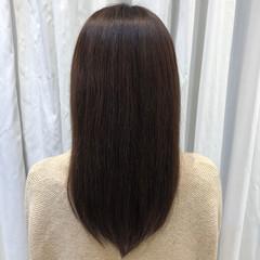 アッシュベージュ セミロング ナチュラル 暗髪 ヘアスタイルや髪型の写真・画像