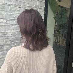 ダブルカラー ピンクベージュ ナチュラルグラデーション 透明感カラー ヘアスタイルや髪型の写真・画像
