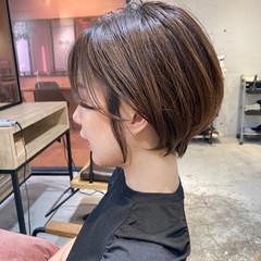 ストレート ハイライト メンズマッシュ ゆるふわパーマ ヘアスタイルや髪型の写真・画像