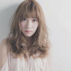 外国人風 ヘアアレンジ ガーリー セミロング ヘアスタイルや髪型の写真・画像
