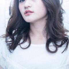 フェミニン 大人かわいい ガーリー おフェロ ヘアスタイルや髪型の写真・画像