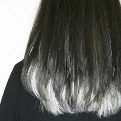 ホワイトブリーチ ホワイト インナーカラーホワイト ホワイトカラー ヘアスタイルや髪型の写真・画像