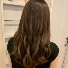髪質改善トリートメント 大人かわいい ゆるふわパーマ ロング ヘアスタイルや髪型の写真・画像