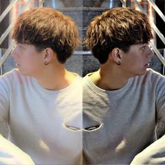 メンズショート メンズパーマ メンズスタイル メンズ ヘアスタイルや髪型の写真・画像