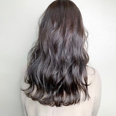 ナチュラル イルミナカラー アディクシーカラー ロング ヘアスタイルや髪型の写真・画像