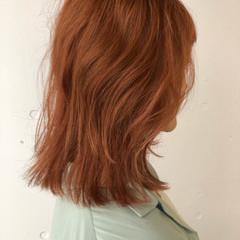 ミディアム ハイトーンカラー ダブルカラー レイヤーカット ヘアスタイルや髪型の写真・画像