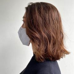 ミディアム アンニュイほつれヘア カジュアル デートヘア ヘアスタイルや髪型の写真・画像