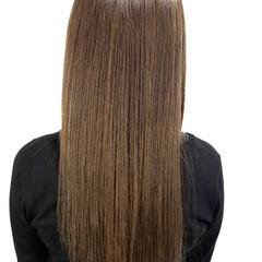 ナチュラル ロング アッシュ ストレート ヘアスタイルや髪型の写真・画像